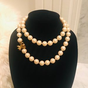 Kate Spade ♠️ Large Pearl Long Strand Bow Necklace